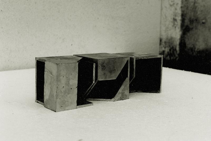 Gabriel_Diaz-1993-Escultura-Analisis_del_limite-hierro-2