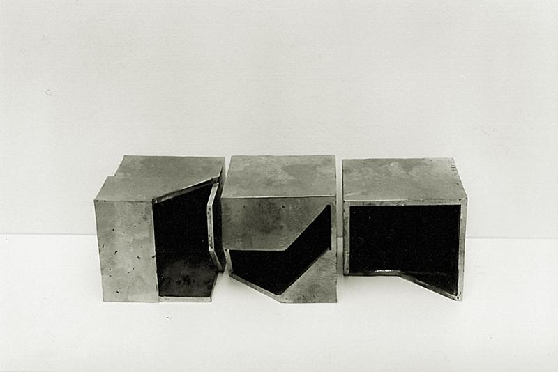 Gabriel_Diaz-1993-Escultura-Analisis_del_limite_5b-hierro