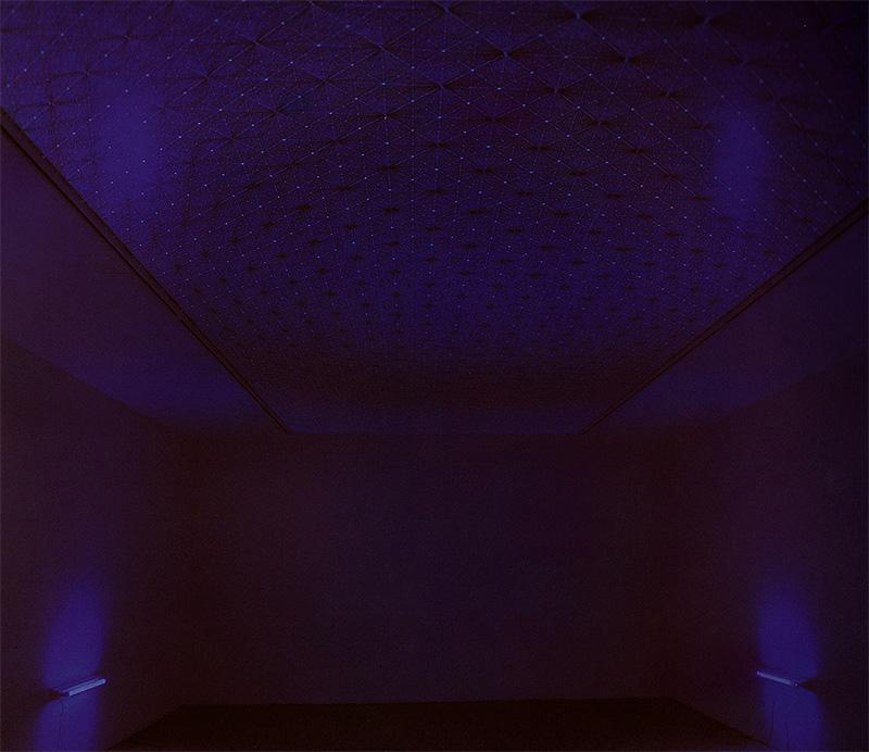 Gabriel_Diaz-1999-instalación-El_cielo_de_los_Transmutautas-1_R