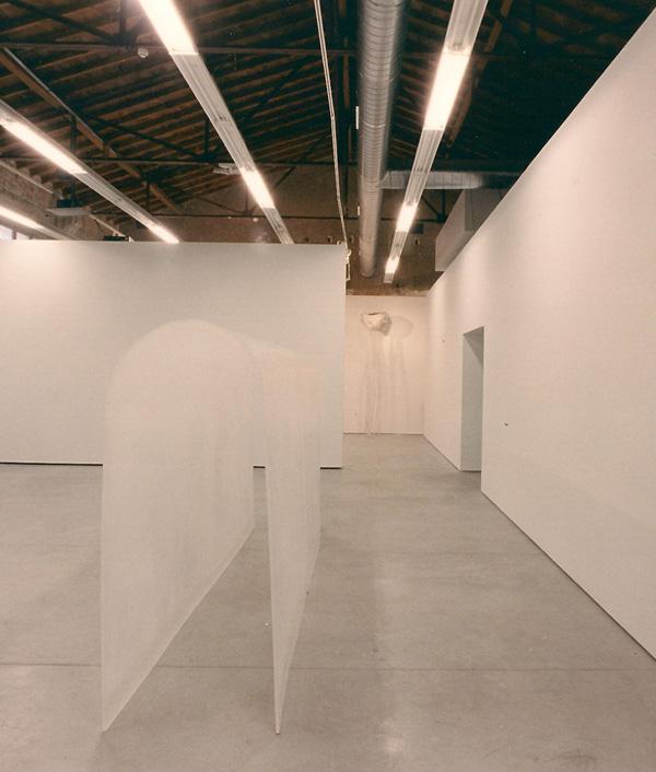 Gabriel_Diaz-2004-escultura-Tunel-metacrilato-3