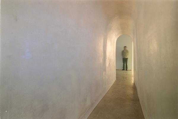 Gabriel_Diaz-Exposición-2001-Tres_Montañas-Galeria_Moises_Perez_Albeniz-3