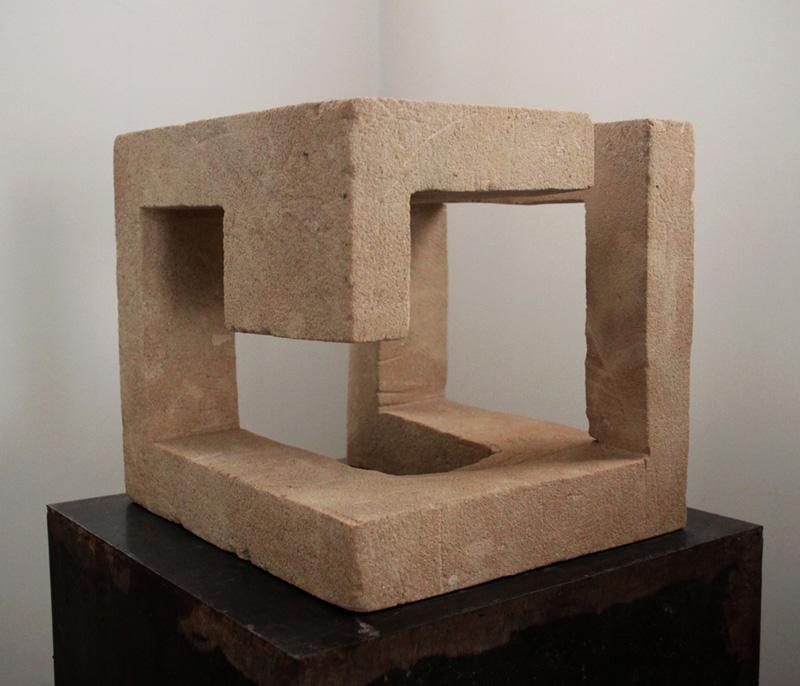 Gabriel_Diaz-escultura-2010-sin_título-arenisca-3